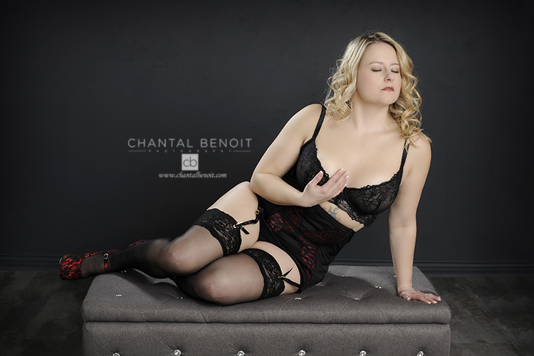 luxury boudoir photographer in ottawa